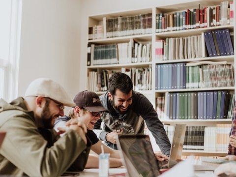 Neuerscheinung: Arbeitswelten und Migration auf Werften