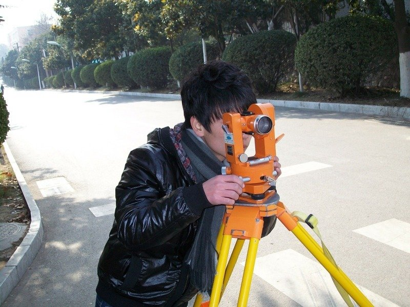 surveyor-20092_1280