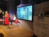"""Dr. Deborah Schnabel bei ihrem Vortrag zum Creative learning space – """"Kreatives Lernen fürs 21. Jahrhundert"""""""