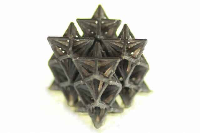 3-D-printed structures shrink when heated