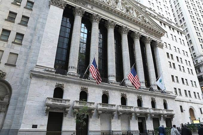 Investors lose, insiders win when IPOs involve analysts