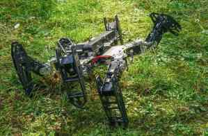 Robots are being programmed to adapt in real time