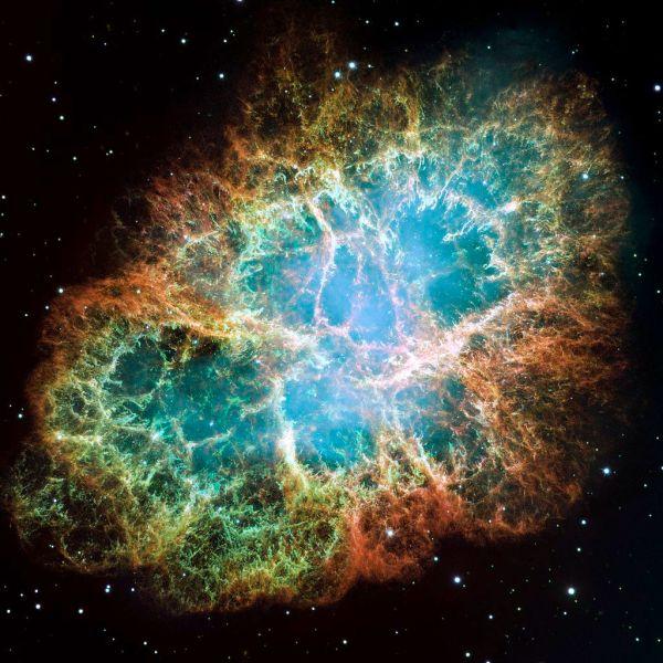 Der Krebsnebel Messier 1 im Stier - ein Supernova-Überrest. Bild: NASA, ESA, J. Hester and A. Loll (Arizona State University); gemeinfrei.