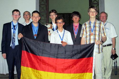 1355-imo-2013-medaillen