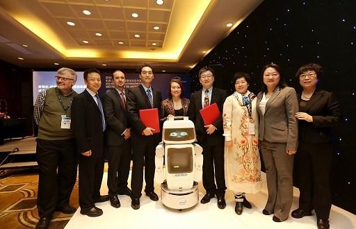 zdravotnický domácí robot vyvíjený společností Intel
