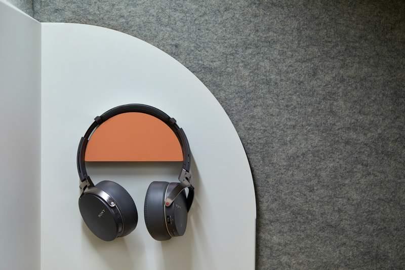 Wireless 4D Headphones