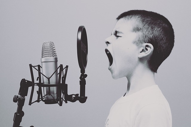 The science of singing - boy singing