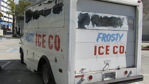LAPD Fake Ice Truck Used Against Anonymous in 2008 at a Protest of Scientology.