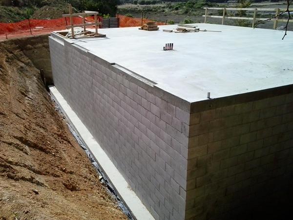 basement concret block construction, back primed ready for tanking membrane