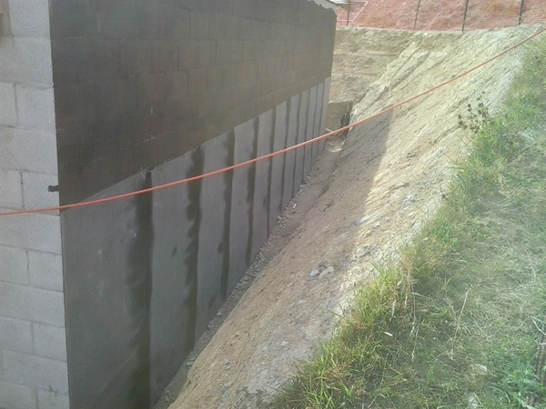 first lift along the north wall completed