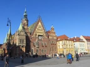 Wrocławski Rynek i najsłynniejsza budowla miasta, Ratusz.