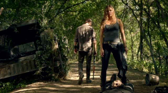 Charlie (Tracy Spiridakos) and Monroe (David Lyons) - Revolution
