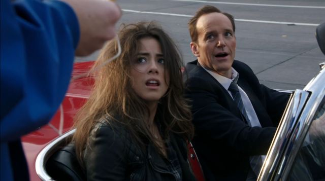 Agents of SHIELD S1Ep20 Nothing Personal - Skye and Coulson after riding with Lola