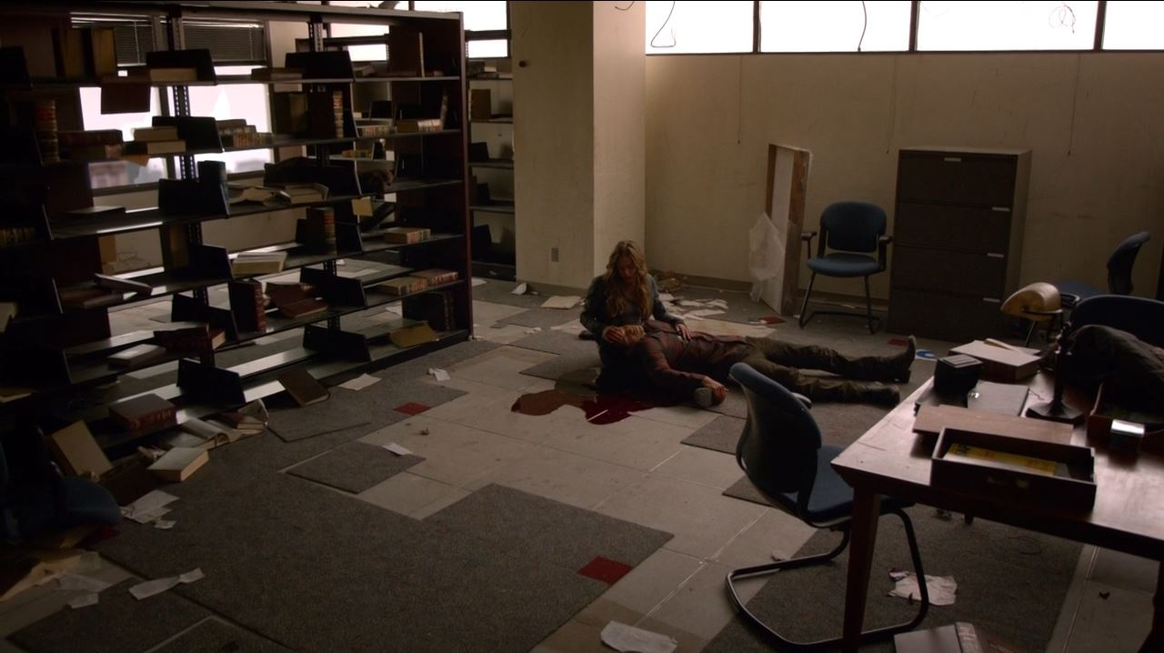 Revolution - Austin City Limits - J.D. Pardo as Jason Neville dies with Charlie (Tracy Spiridakos)