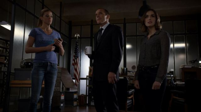 Coulson Morse and Simmons talk about the operation - Agents Of SHIELD S2Ep6 A Fractured House Review
