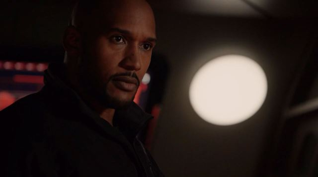Mack takes charge. Agents of SHIELD mid-season finale Maveth review!