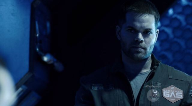 The Expanse S1E07 Windmills Review. Wes Chatham as Amos Burton.