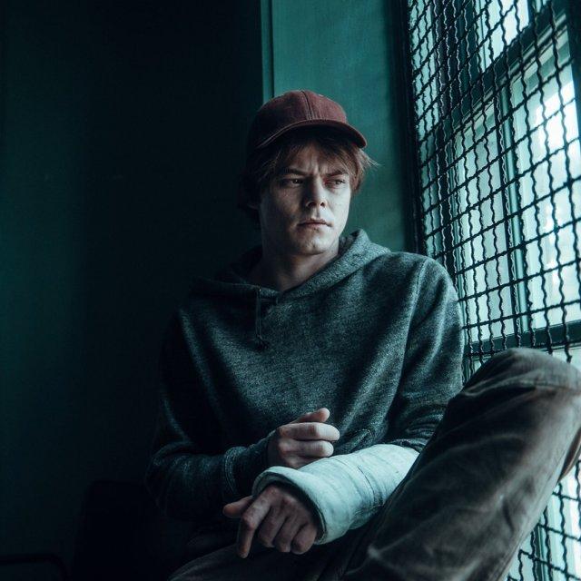 Charlie Heaton as Sam