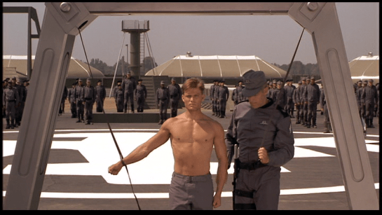 StarshipTroopers-Whipping-Post02