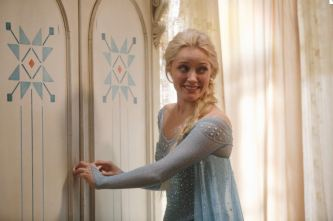 Once Upon a Time 401 02 Elsa