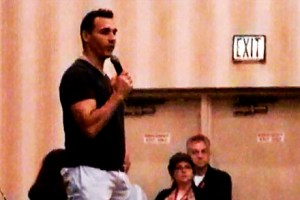 Adrian Paul Dragon Con_