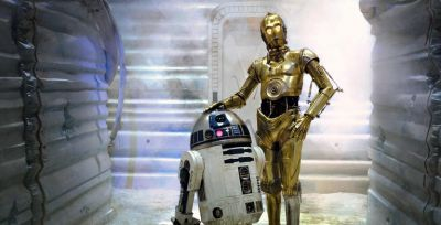 anthony daniels has played c-3p0 the droid in 6 or the 9 Star Wars movies