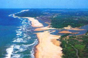 An estuary, an example of an aquatic ecosystem (https://en.wikipedia.org/wiki/Aquatic_ecosystem). Photo source: https://commons.wikimedia.org/wiki/File:Estuary-mouth.jpg.