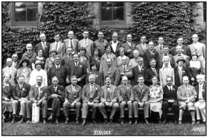 this 1926 photo has 16 founding members shown:https://esa.org/history/early-past-presidents/