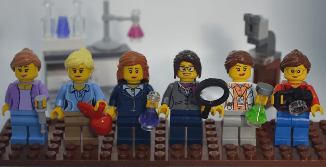 Lego representations of the SciMoms