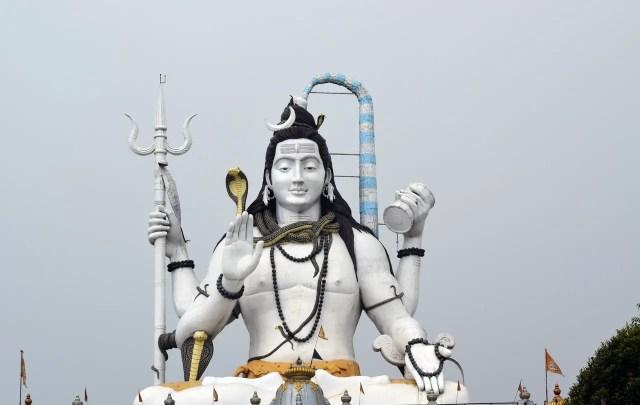 statue of shiva, leader of Himalayan Yogis