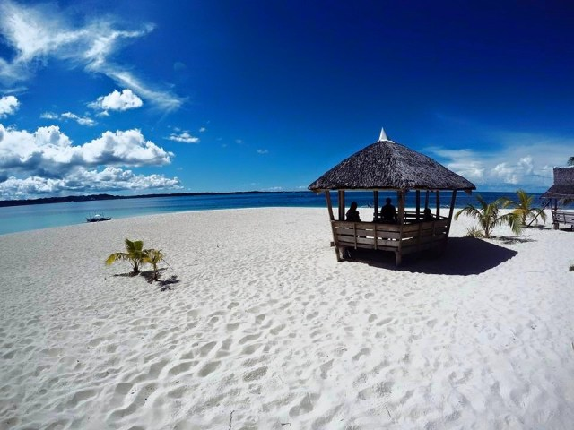 a Siargao Island Beach on Wikipeda
