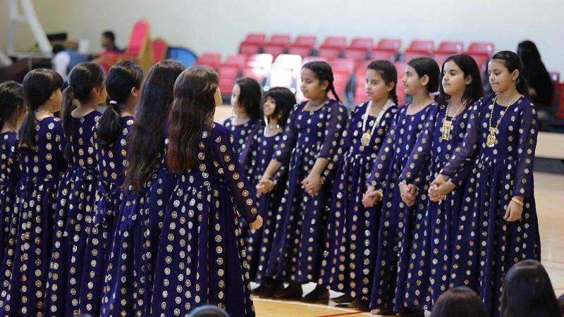 Qatar Traditional Dance girls