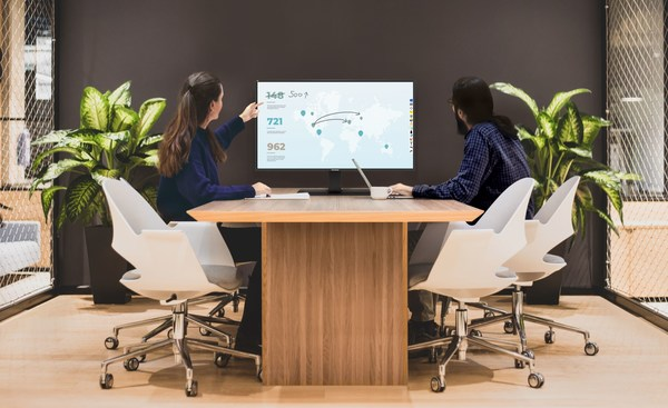 ViewSonic introduces the ViewBoard 4320 for creating collaborative spaces in hybrid work environments and classrooms. It comes with an optional table stand with swivel and tilt functionality, providing better viewing and interaction experiences.