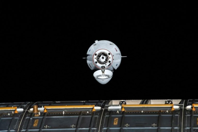 SpaceX Cargo Dragon Approaches ISS