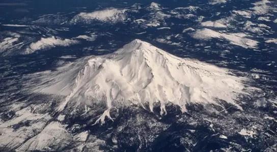 mount-shasta-aerial-view
