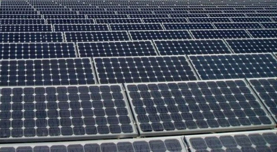 Princeton's Nanomesh Triples Solar Cell Efficiency