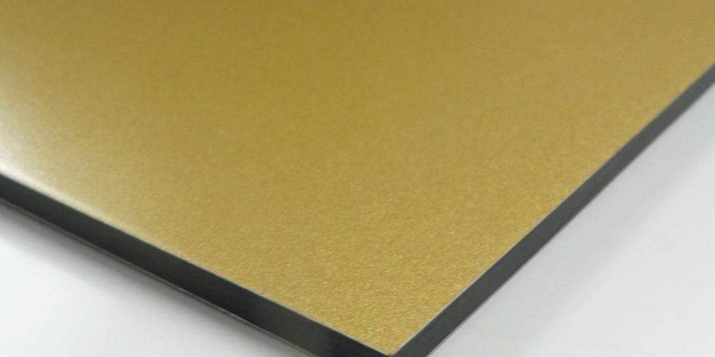 Преимущества алюминиевых композитных панелей