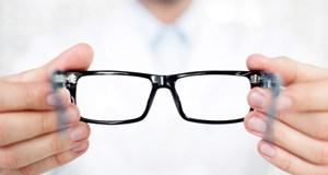 eyeglassesWEB
