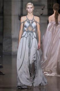 22-yiqing-yin-couture-spring-2016