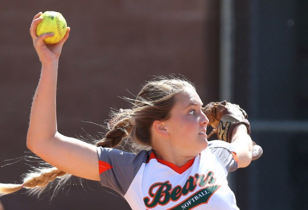 Riverside Poly senior pitcher Paige Peterson. (Photo by Stan Lim, The Press-Enterpsie/SCNG)