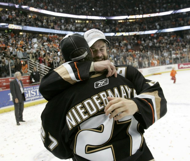 How Scott Niedermayer turned the Anaheim Ducks into champions ... f816668c6