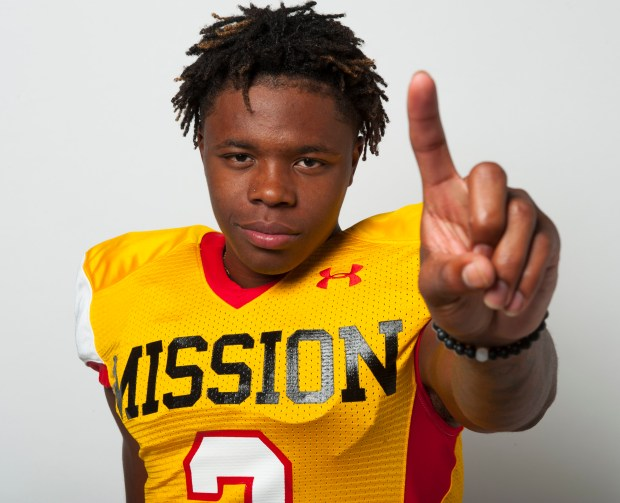 Mission Viejo defensive back/wide receiver Olaijah Griffin announced his commitment to UCLA on Sunday, July 30, 2017. (Photo by Sam Gangwer, Orange County Register/SCNG)