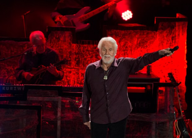 Kenny Rogers performing at Pacific Amphitheatre on Sunday, July 30, 2017. (Photo by Miguel Vasconcellos, Courtesy of OC Fair and Event Center)