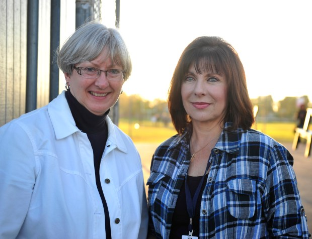Judy Marquez, right, teaches visual arts at University High School. (Photo by Miguel Vasconcellos, Orange County Register)