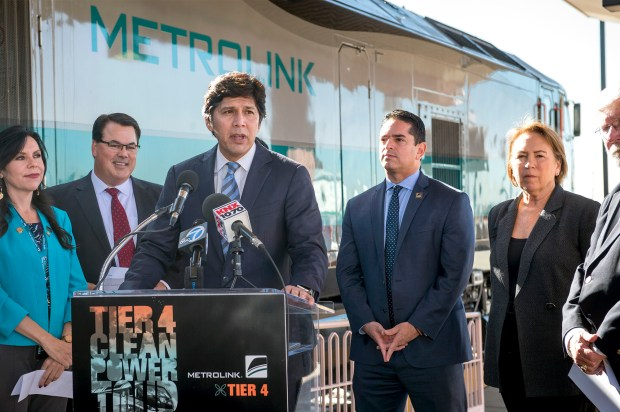 California Senate President pro tem Kevin de Leon speaks during the introduction of Metrolink's first Tier 4 locomotive at Los Angeles Union Station, Platform 14, Oct. 4, 2017. There will be 40 new locomotives soon. These pollute the air far less than current diesel locomotives. (Photo by Leo Jarzomb, SGV Tribune/ SCNG)