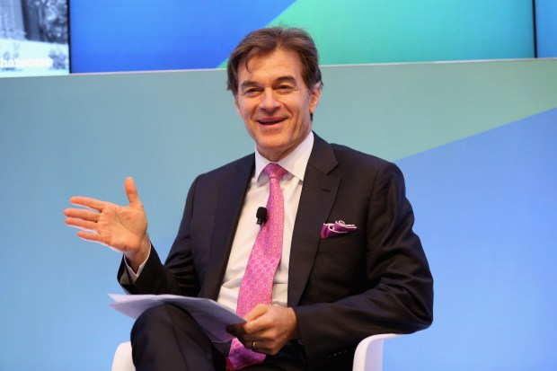 Dr. Mehmet Oz will be the grand marshal of the 2017 Hollywood Christmas Parade. (Photo by Robin Marchant/Getty Images)