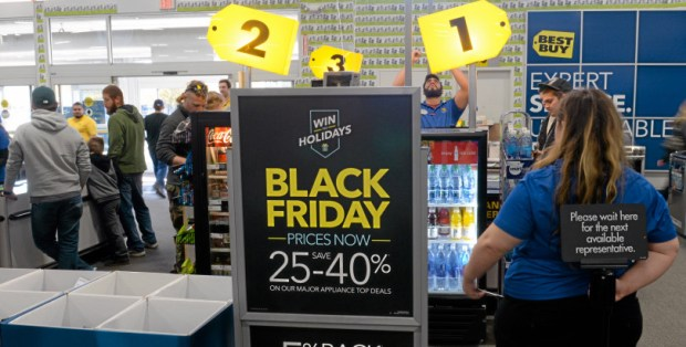Black Friday shoppers didn't seem to mind a wait in line to purchase deals at Best Buy in Chico, Calif. Friday, Nov. 27, 2015. (Bill Husa -- Enterprise-Record)