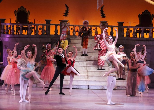 """Pacific Festival Ballet welcomes New York City principals Tiler Peck and Gonzola Garcia to their production of """"The Nutcracker"""" Dec. 16-17. (Photo courtesy of Pacific Festival Ballet)"""