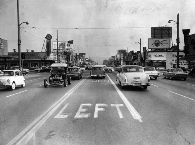 A look back at Van Nuys and Victory boulevards on April 27, 1962. (Photo courtesy Los Angeles Public Library)