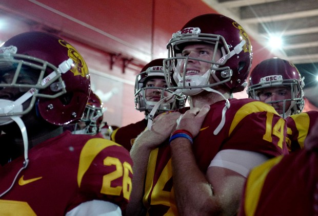 USC Trojans quarterback Sam Darnold prior to a NCAA college football game against the UCLA Bruins at the Los Angeles Memorial Coliseum in Los Angeles, on Saturday, Nov. 18, 2017. (Photo by Keith Birmingham, Pasadena Star-News/SCNG)